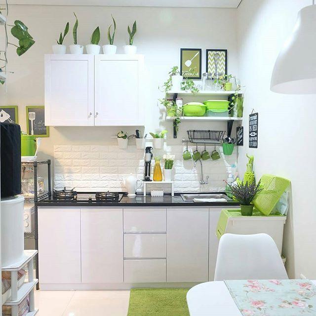 dapur cantik dengan kitchen set minimalis