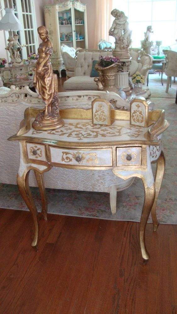 perabot unik bergaya vintage